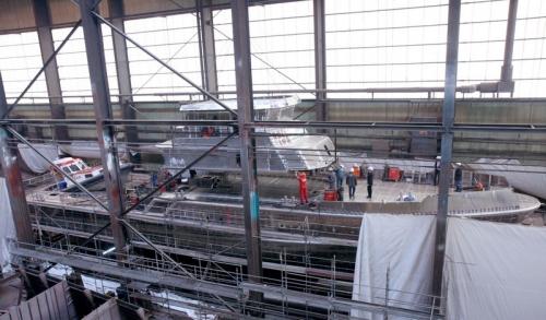 """Bild 0 von Ein Spezialschiff bekommt  sein """"Gesicht"""": 36-Meter-Seenotkreuzer erhält das Deckshaus"""
