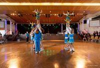 Bild 3 von 181 Cheerleader sorgten für Partystimmung