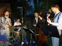 Bild 0 von Juist-Stiftung präsentierte wieder Jazz im Pfarrgarten