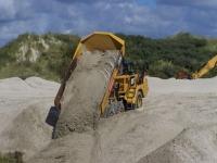 Bild 2 von Sandtransporte am Hammersee sind im vollen Gange