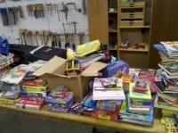 Bild 3 von Juister Schüler brachten 23 Kartons mit Sachspenden auf den Weg
