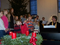 Bild 1 von Mehr als zweihundert Teilnehmer beim Adventssingen dabei