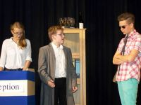 Bild 6 von Theater AG der Inselschule brachte Dreiakter auf die Bühne