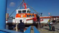 """Bild 1 von Rettungsboot """"Hans Dittmer"""" wurde an Land gesetzt"""