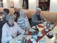 Bild 2 von Seniorenweihnachtsfeier begann eine Stunde zu früh