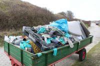 Bild 4 von Sechs volle Anhänger mit Müll wurden am Kalfamer entfernt