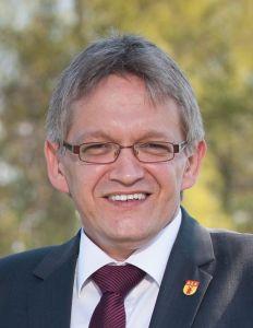 Bild 0 von Der neue Landrat im Landkreis Aurich heißt Olaf Meinen