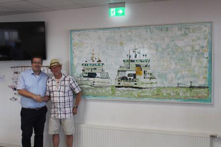 Bild 0 von Inselmaler Friedrich Fäsing erstellte Acrylbild für Hafenbetriebsgebäude