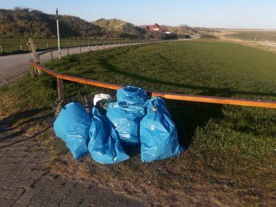 """Bild 0 von Nur Müllsäcke zeugen von diesjähriger Aktion """"Saubere Insel"""""""