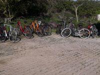 Bild 1 von Fläche für Fahrradständer am Flugplatz wird vergrößert