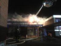 Bild 1 von Feuer bei der Jugendbildungsstätte ließ Dach einstürzen
