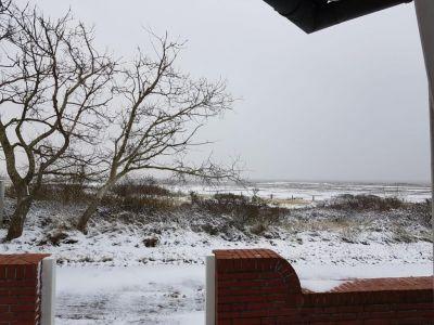 Bild 0 von Endlich fiel auf Juist mal wieder Schnee