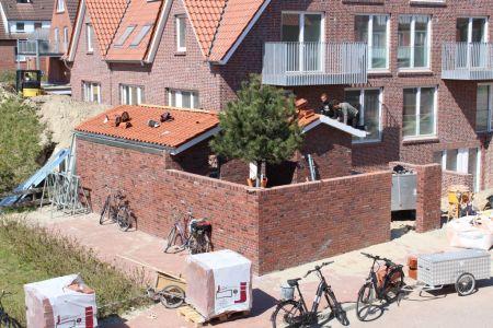 Bild 0 von Gibt es einen Wildwuchs von Nebenanlagen bei Neubauten?