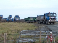 Bild 1 von Norddeicher Schlick landet für Deichbau auf Juist