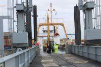 Bild 3 von Erste Baggeraktion machte Hafen für Saisonbeginn fit