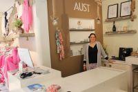 Bild 0 von Pino ist der Liebling in der neuen Aust-Boutique auf Juist