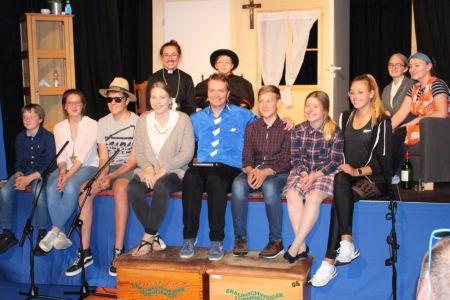 Bild 0 von Erfolgreiche Premiere beim Theater der Inselschule