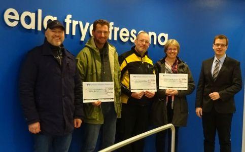 Bild 0 von Juister Volksbank übergibt Spenden an drei Vereine
