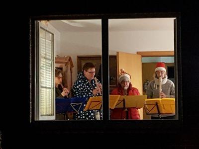 Bild 0 von Lebendiger Adventskalender bietet täglich Veranstaltungen