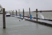 Bild 1 von Motorboot im Juister Bootshafen gesunken
