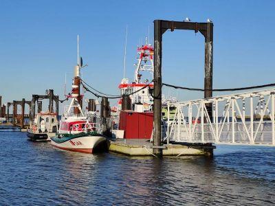 Bild 0 von Zukünftiges Juister Museumsschiff liegt in Cuxhaven fest
