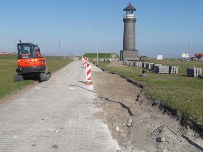 Bild 0 von Verbreiterung der Straße am Hafen bereits im vollen Gange