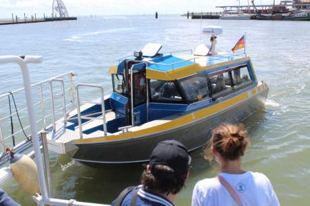 Bild 0 von Frisia-Inselexpress nahm seinen Fährdienst nach Juist auf