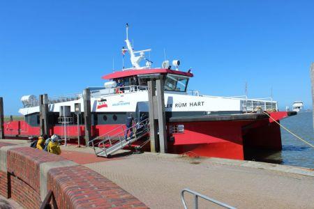 """Bild 0 von Reederei Frisia führt Testfahren mit Katamaran """"Adler Rüm Hart"""" durch"""
